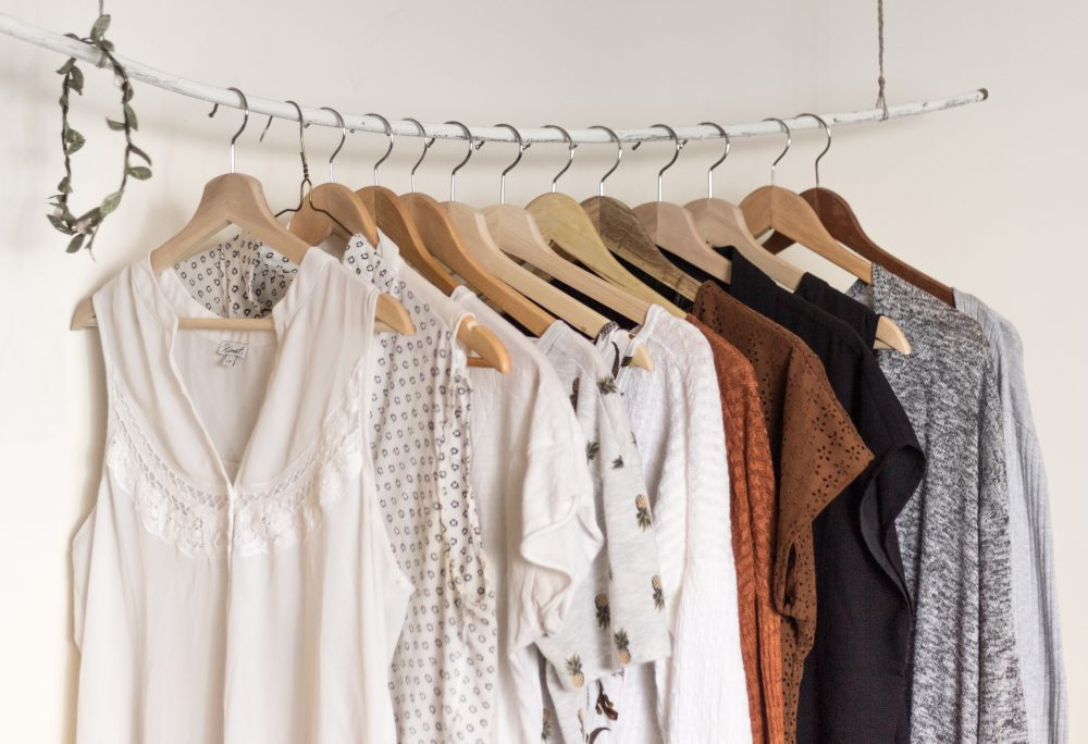 8 Smart Tips to Organize Your Closet